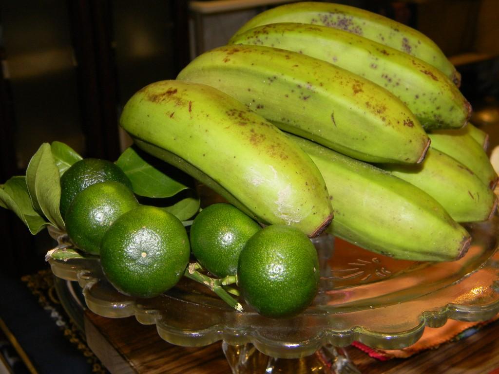 シークヮーサーと島バナナ